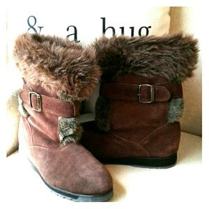 EUC! Suede, faux fur, lined winter boots,
